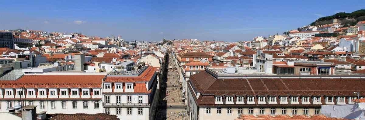 Über den Dächern Lissabons