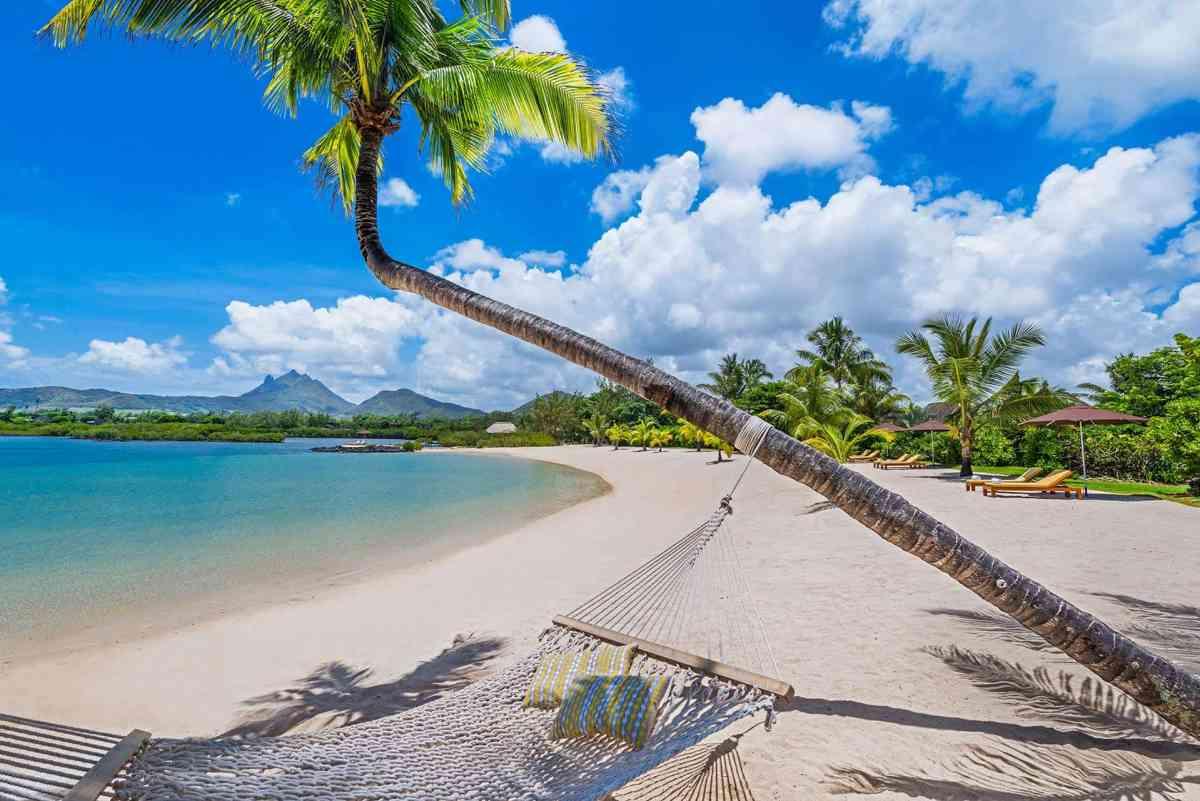 Beach, Four Seasons Mauritius at Anahita