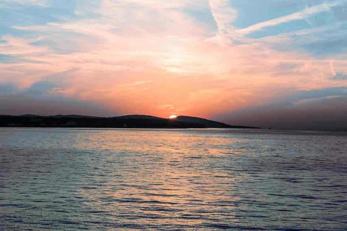 Sonnenuntergang hinter São Miguel