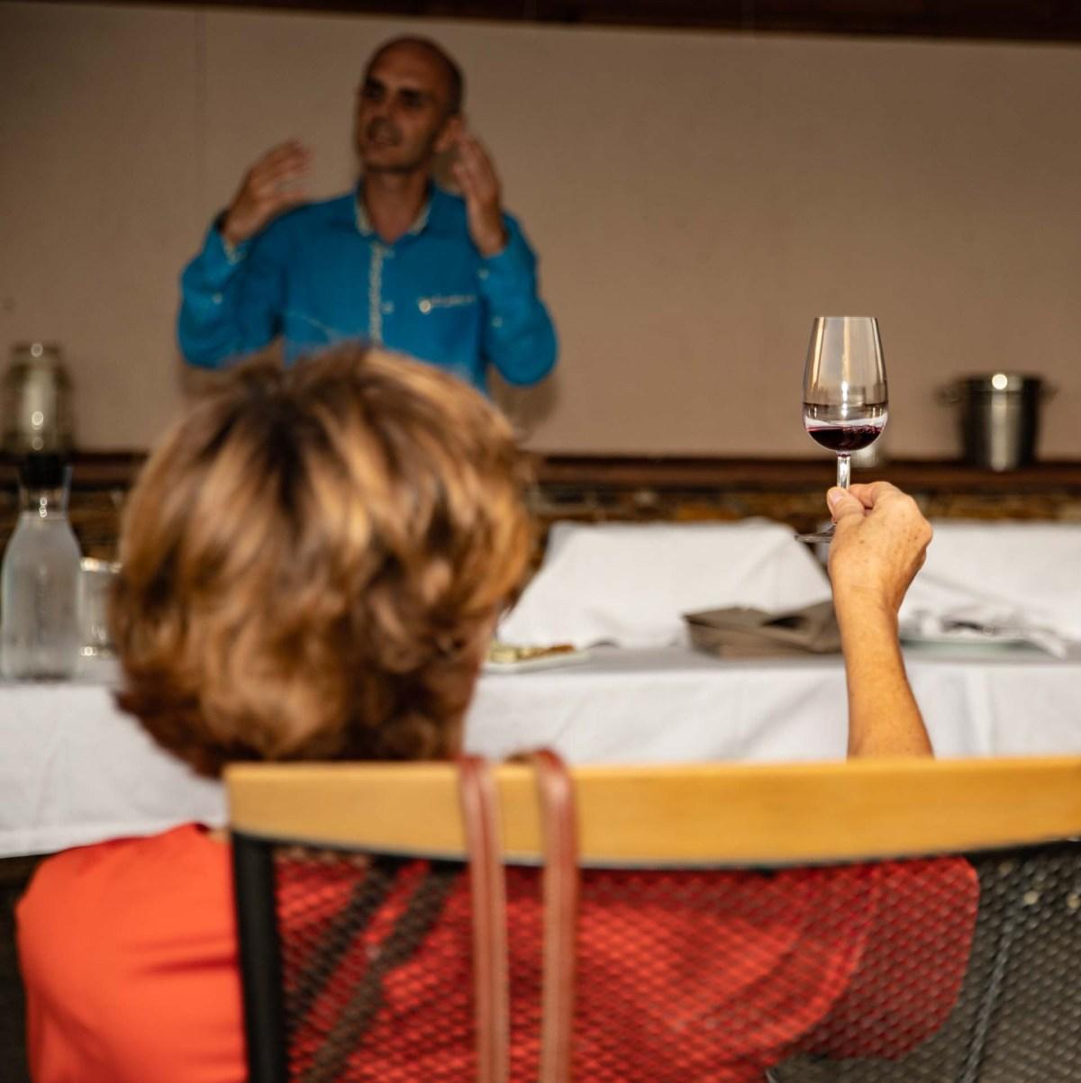 Zornitza Weinverkostung mit Sommelier Alexander Skorchev