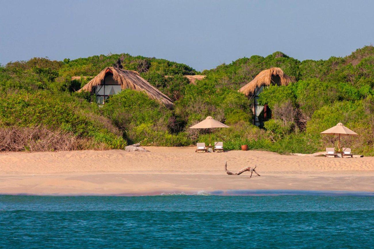 Jungle Beach - Uga Escapes