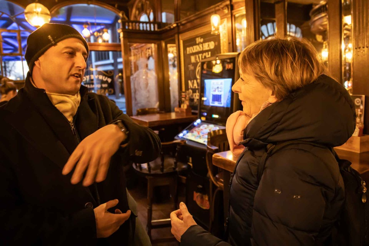 Pub, London