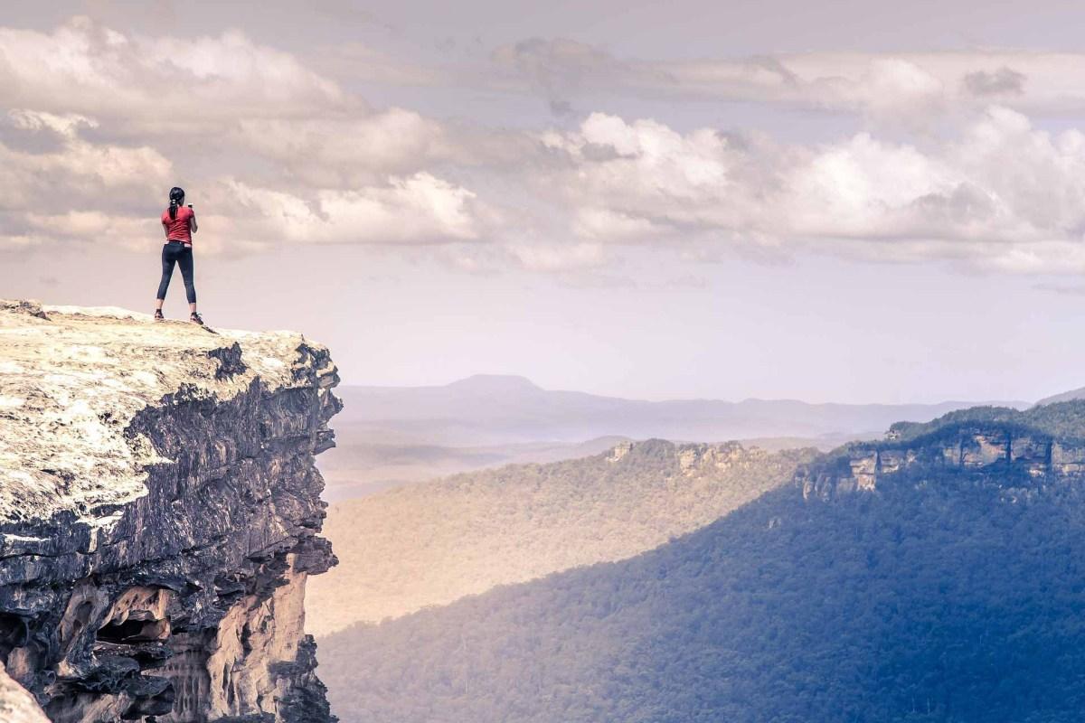 Wanderin auf den Alpen