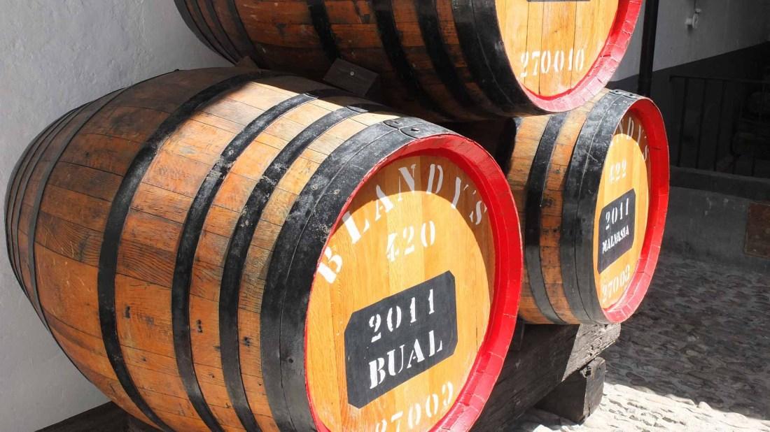 Madeira Wein in Fässern