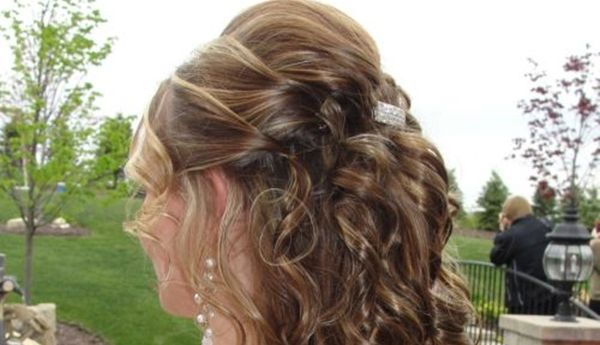 39 Half Up Half Down Hairstyles To Make You Look Perfect