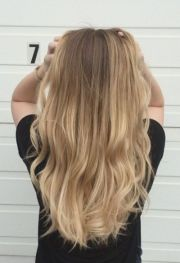 beach blonde hairstyles