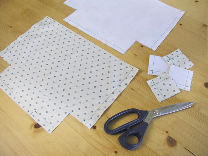 Cut the excess of each piece at the base |  Betsy Sewing