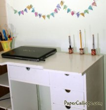Paper-Calliope-homework-and-desk-holder