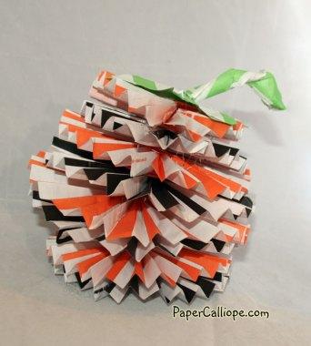 Paper-Calliope-pumpkin-rosette-2