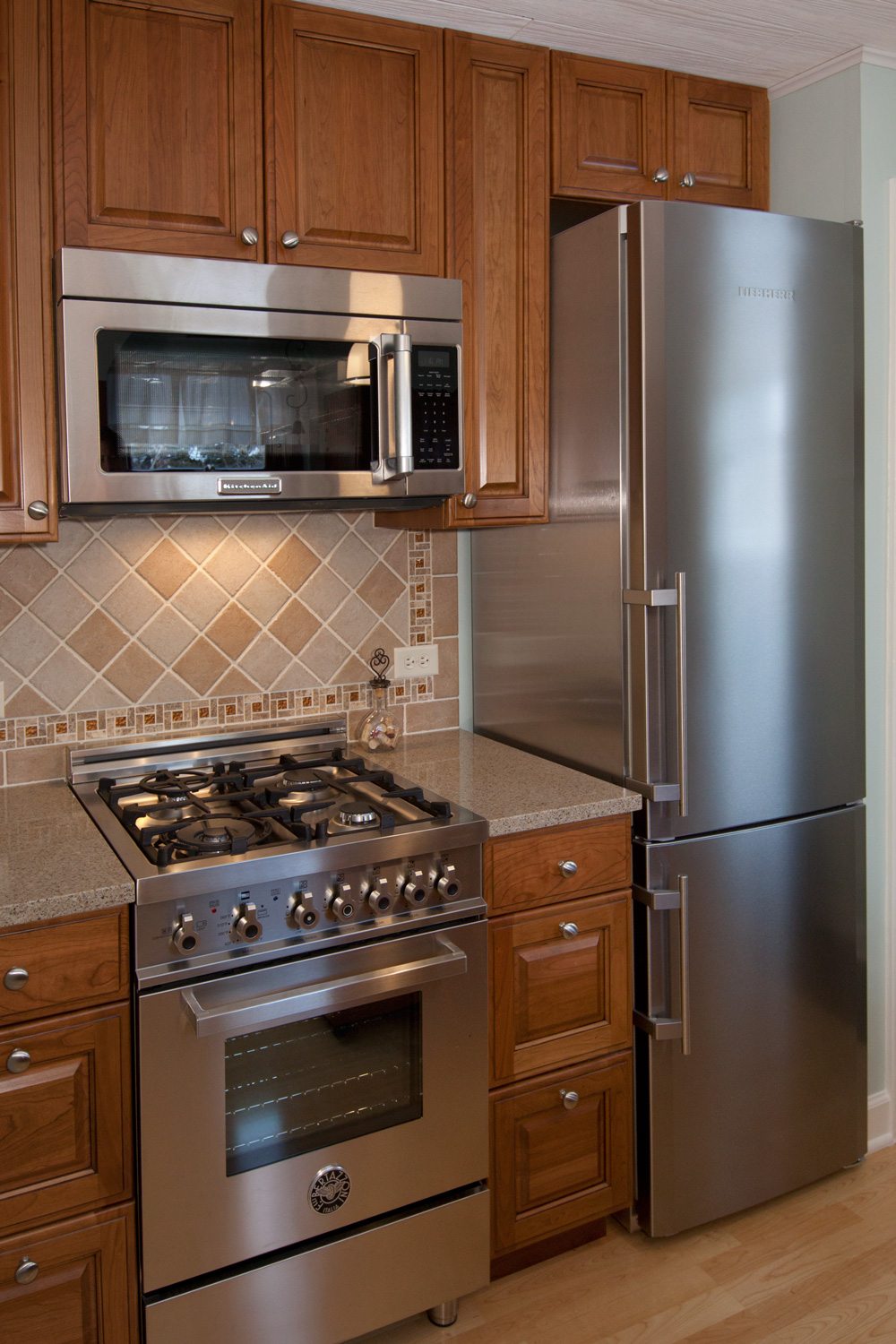 kitchen cabinet repair island pendant small remodel, elmwood park il - better kitchens