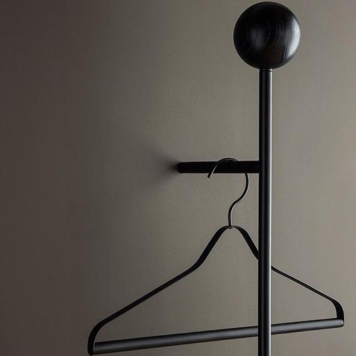 Pujo Coat Rack