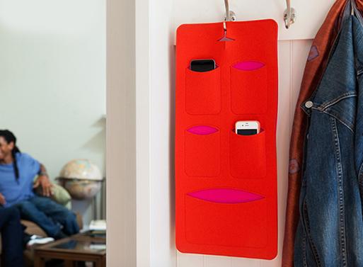 Mobilhome Phone Storage Unit
