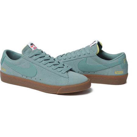 Supreme®/Nike® SB Blazer Low (Teal)