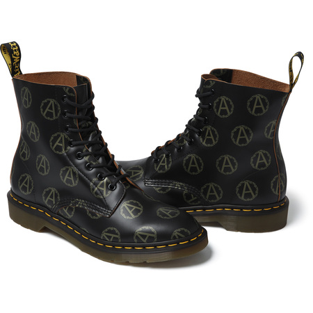 Supreme®/UNDERCOVER/Dr. Martens® Anarchy 8-Eye Boot (Black)