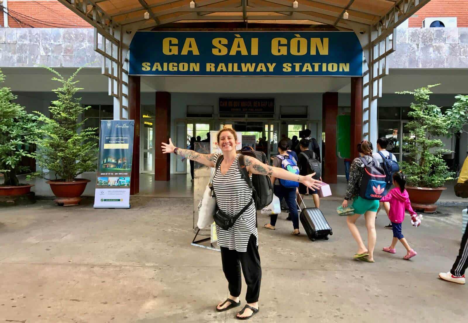 Hannah Ga Sai Gon Saigon Vietnam betternotstop railways