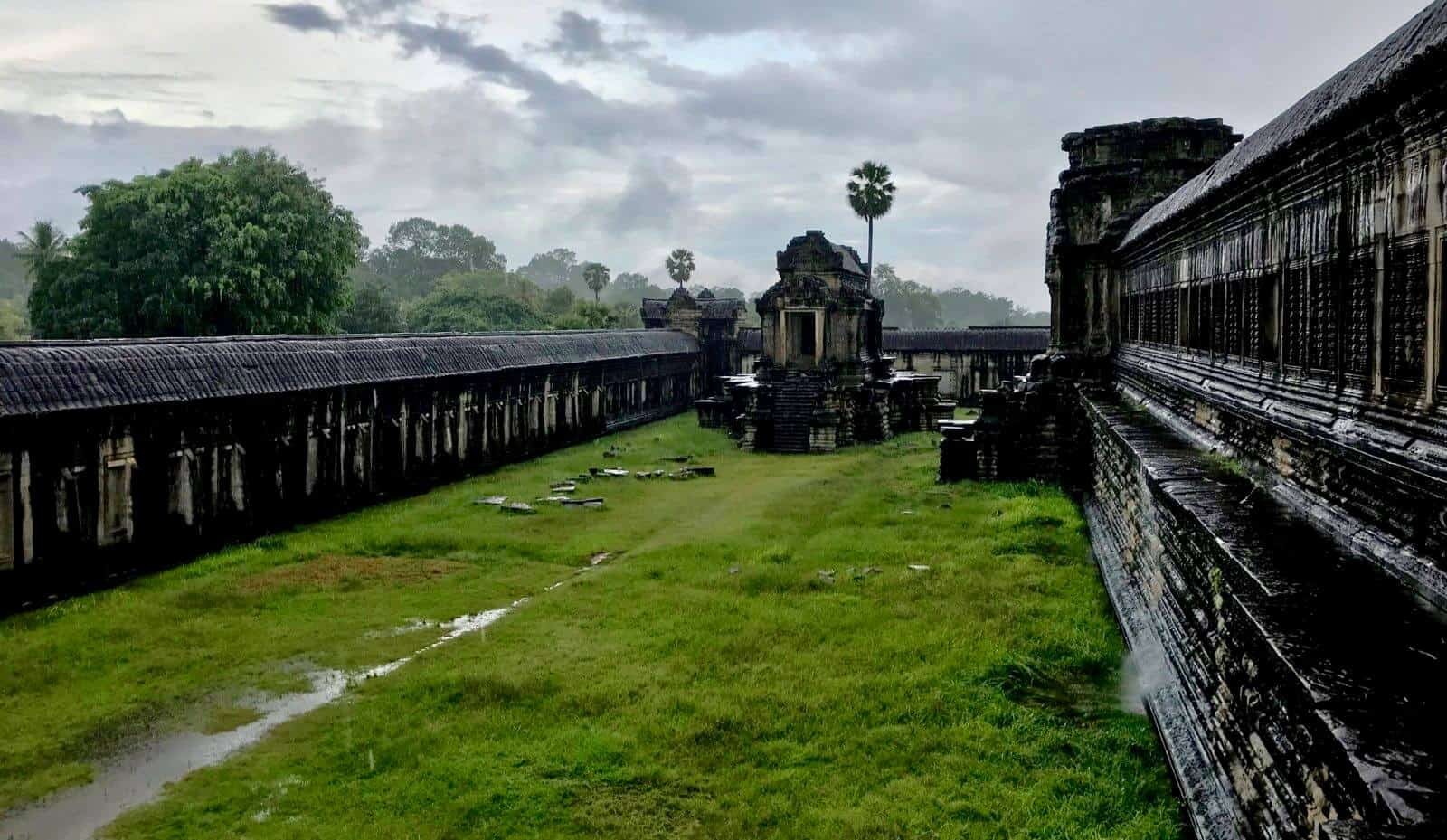Siem Reap temples Cambodia betternotstop