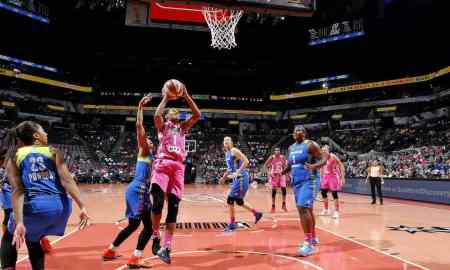 San Antonio Stars v Connecticut Sun - WNBA