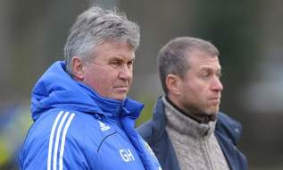 Guus-Hiddink-first-day-at-001