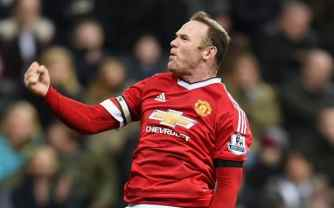 NEWCASTLE UPON TYNE, ENGLAND - JANUARY 12: Wayne Rooney of Manchester United celebrates as he scores their third goal during the Barclays Premier League match between Newcastle United and Manchester United at St James' Park on January 12, 2016 at Newcastle upon Tyne, England. (Photo by Michael Regan/Getty Images)