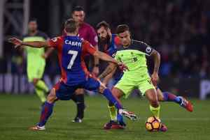 LONDON, ENGLAND - OCTOBER 29: (THE SUN OUT, THE SUN ON SUNDAY OUT) Philippe Coutinho of Liverpool during the Premier League match between Crystal Palace and Liverpool at Selhurst Park on October 29, 2016 in London, England. (Photo by Andrew Powell/Liverpool FC via Getty Images)