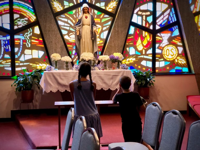 Inside the chapel, both Isabella and Benedict spontaneously stopped to pray at the Marian altar.