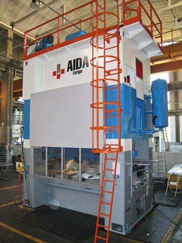 pressa meccanica Aida mod. 2MR