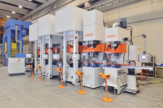 linea automatica per la produzione di pentole a pressione