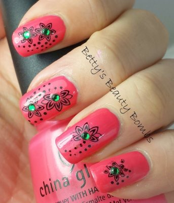 China Glaze Strike a Rose Rhinestones