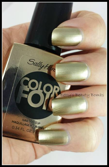 Sally-Hansen-Metallic-Polish