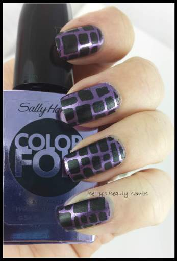 Sally-Hansen-Purple-Alloy-Nail-Art