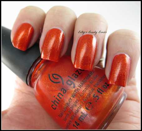 China-Glaze-Riveting-Swatch
