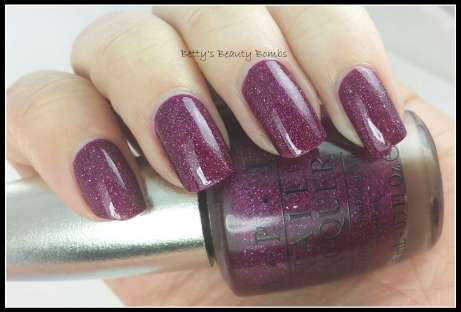OPI-DS-Extravagance-Swatch