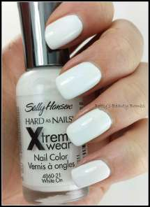 Sally-Hansen-White-On