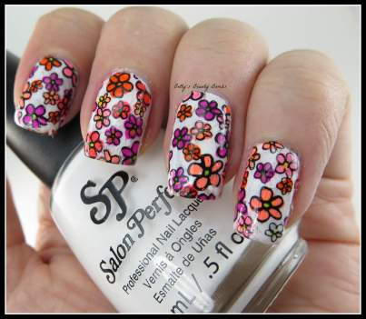 Homemade-Nail-Polish-Decals
