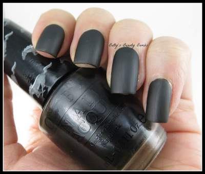 OPI-Queen-of-the-Road-Matte
