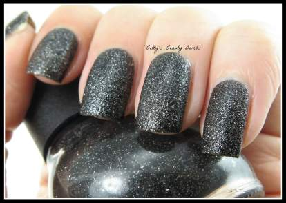 Nicole-by-OPI-A-nise-Treat-Swatch
