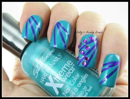 Sally-Hansen-The-Real-Teal