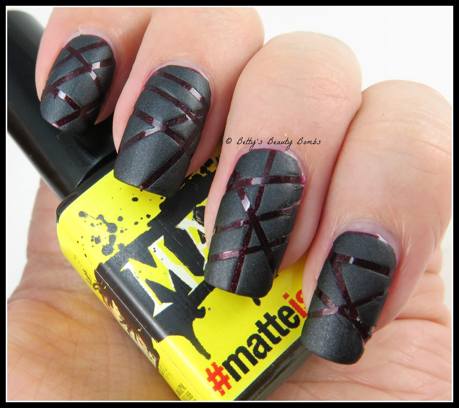 ManGlaze Matte is Murder and Ciate Silhouette - Lazy Betty