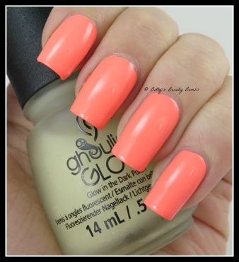 China-Glaze-Ghoulish-Glow