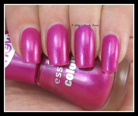 essence-girls-night-out-swatch