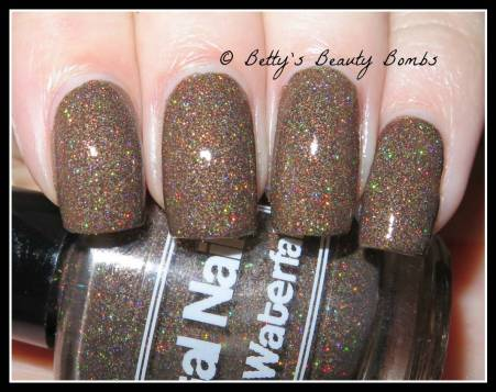 digital-nails-chocolate-waterfall-swatch