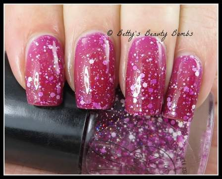 mango-bunny-polish-don't-be-jelly-swatch