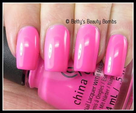 china-glaze-glow-with-the-flow-swatch