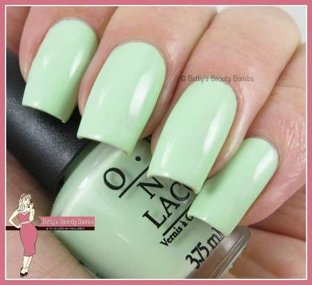 opi-that's-hula-rious-swatch