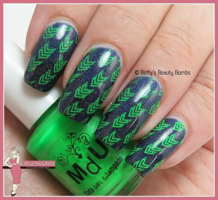 seattle-nail-art-green-and-blue