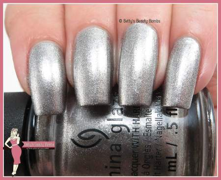 china-glaze-check-out-the-silver-fox-swatch