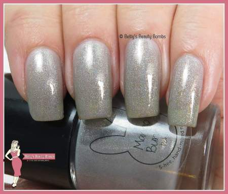 mango-bunny-polish-storms-ahead-swatch