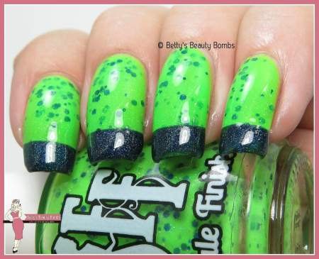 Seahawks nail art 12 isnt a number its a way of life lazy betty seattle nail art prinsesfo Choice Image