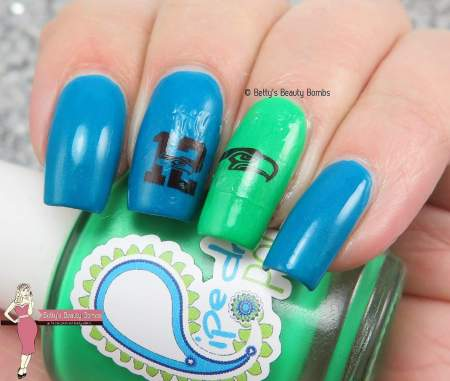 seahawks-nail-decals