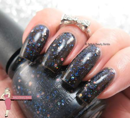 china-glaze-coal-hands-warm-heart